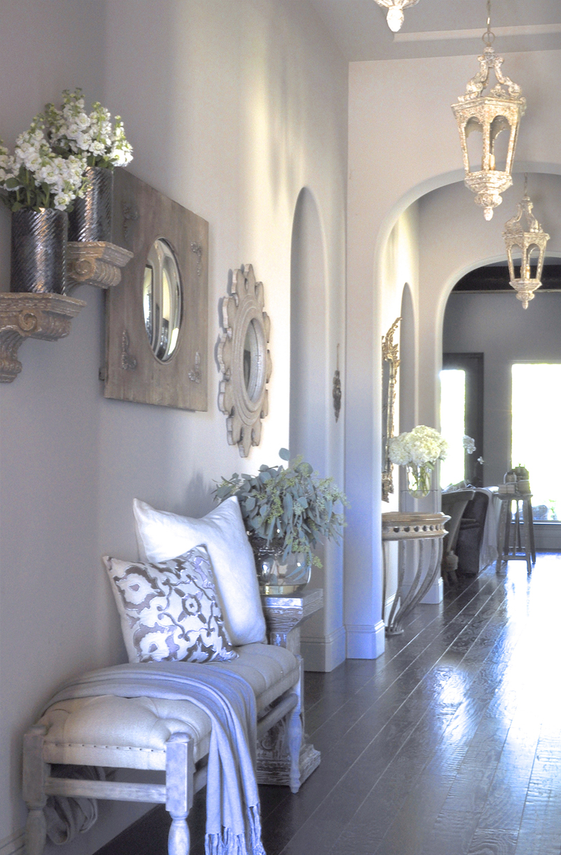 Elegant Foyer Decor : Welcome to our home decor gold designs