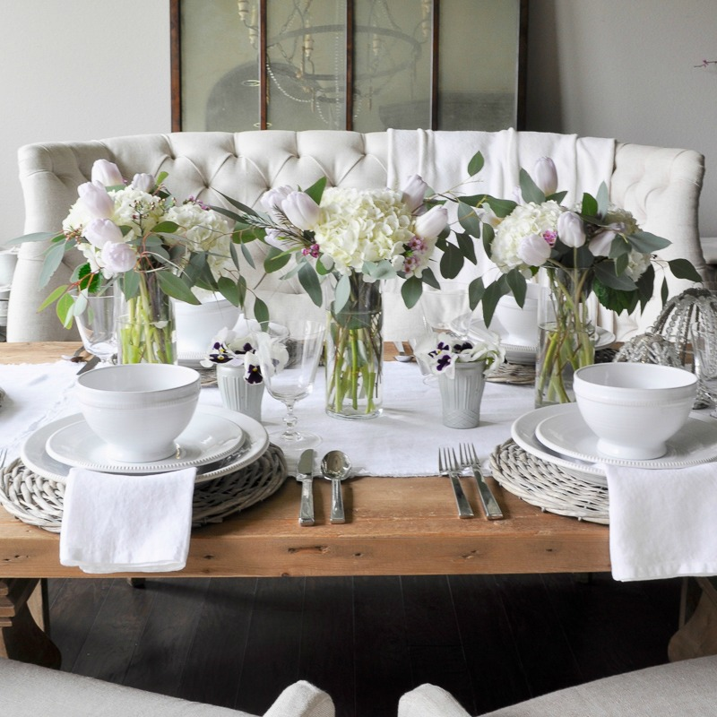 A Simple Easter Tablescape