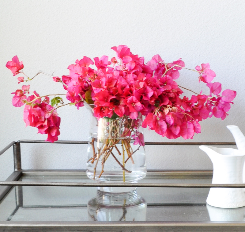 How to Decorate with a Glass Vase-1-3