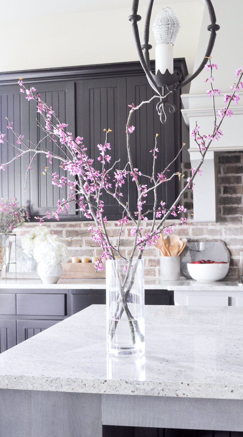 How to Decorate with a Glass Vase and Branches