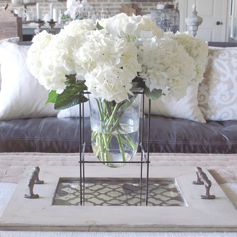 How to Style a Glass Vase