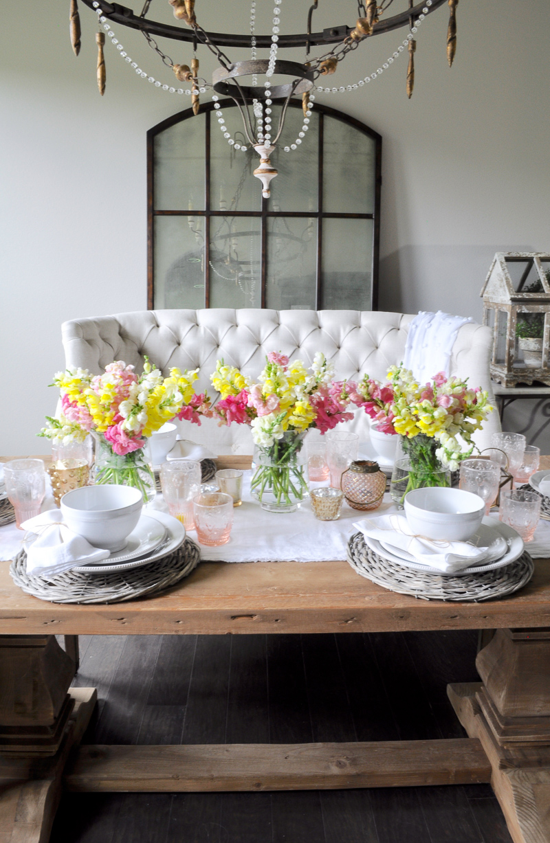Dining Room Spring Tablescape