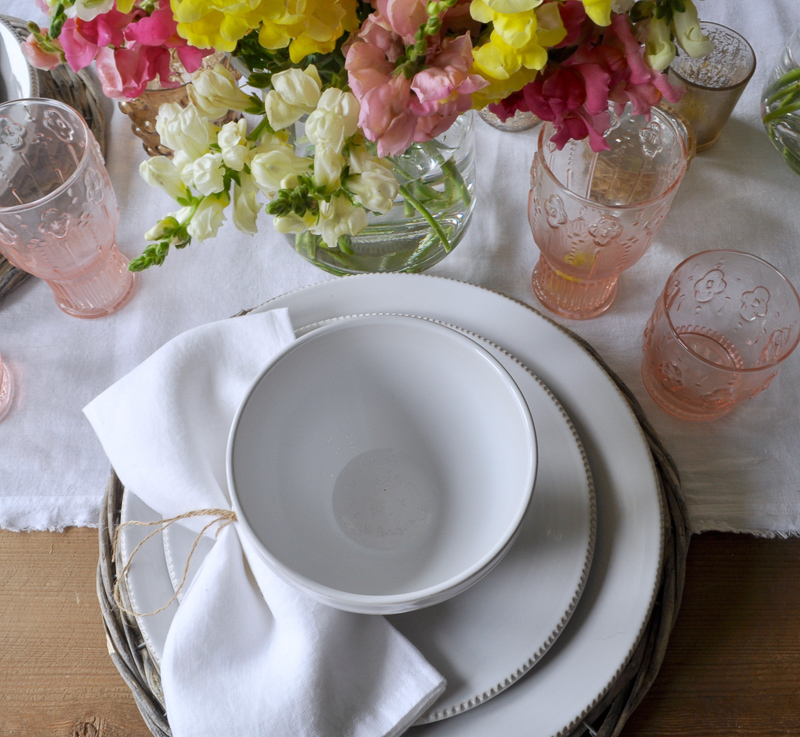 Spring Place Setting in White Pink and Yellow