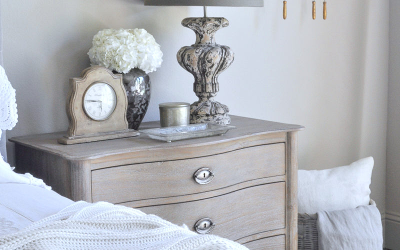 The Nightstand – Decor, Form And Function