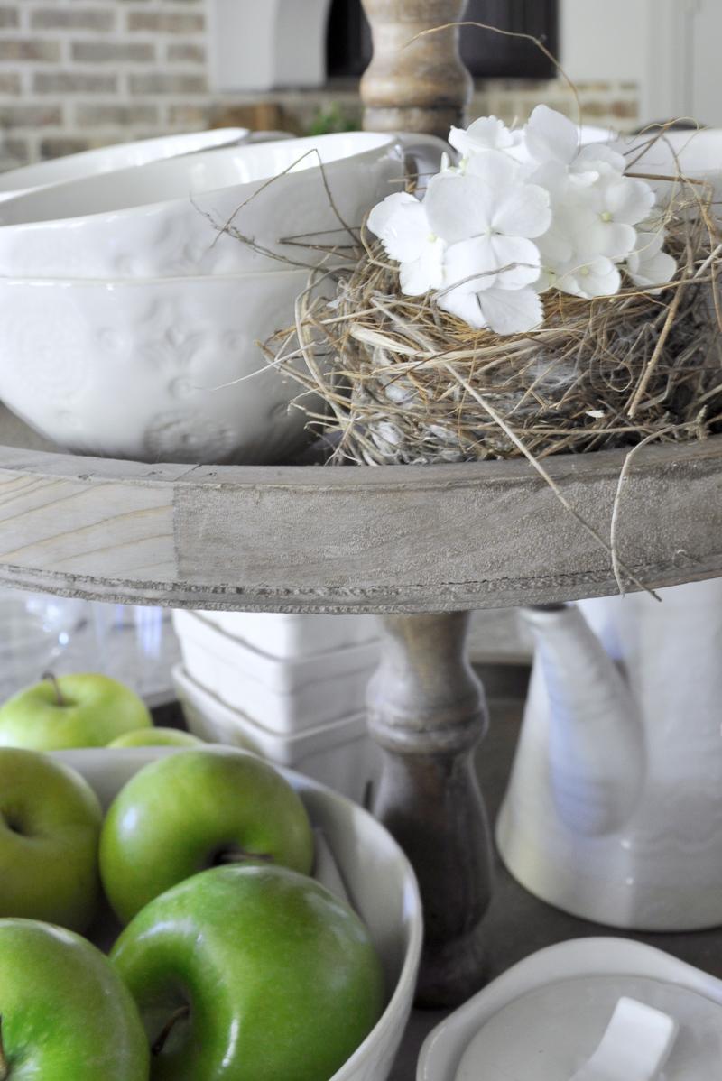 Simple Spring Decorating Ideas - 1