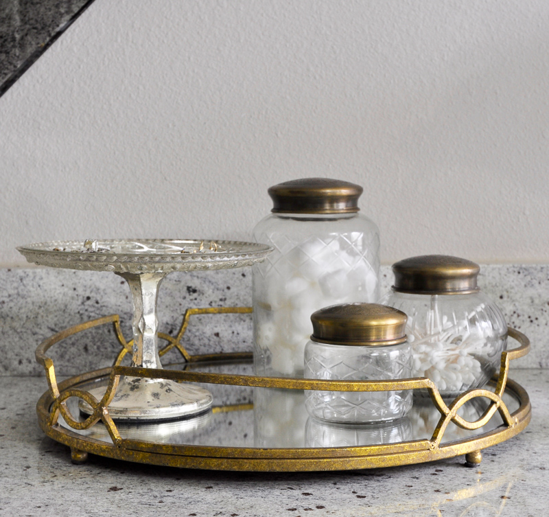 Beautiful Gold Bathroom Counter Tray with Accesories _