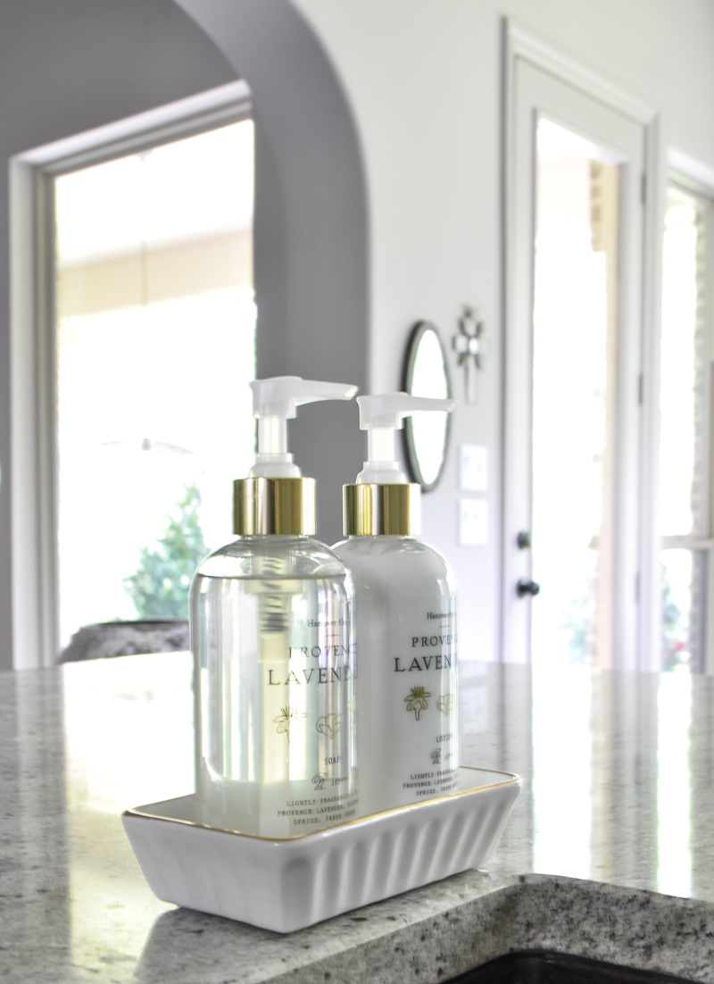Beautiful kitchen hand soap and lotion set so luxurious