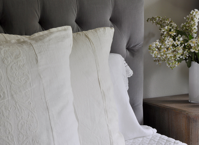 detailed white linen bed pillows how to make a bed