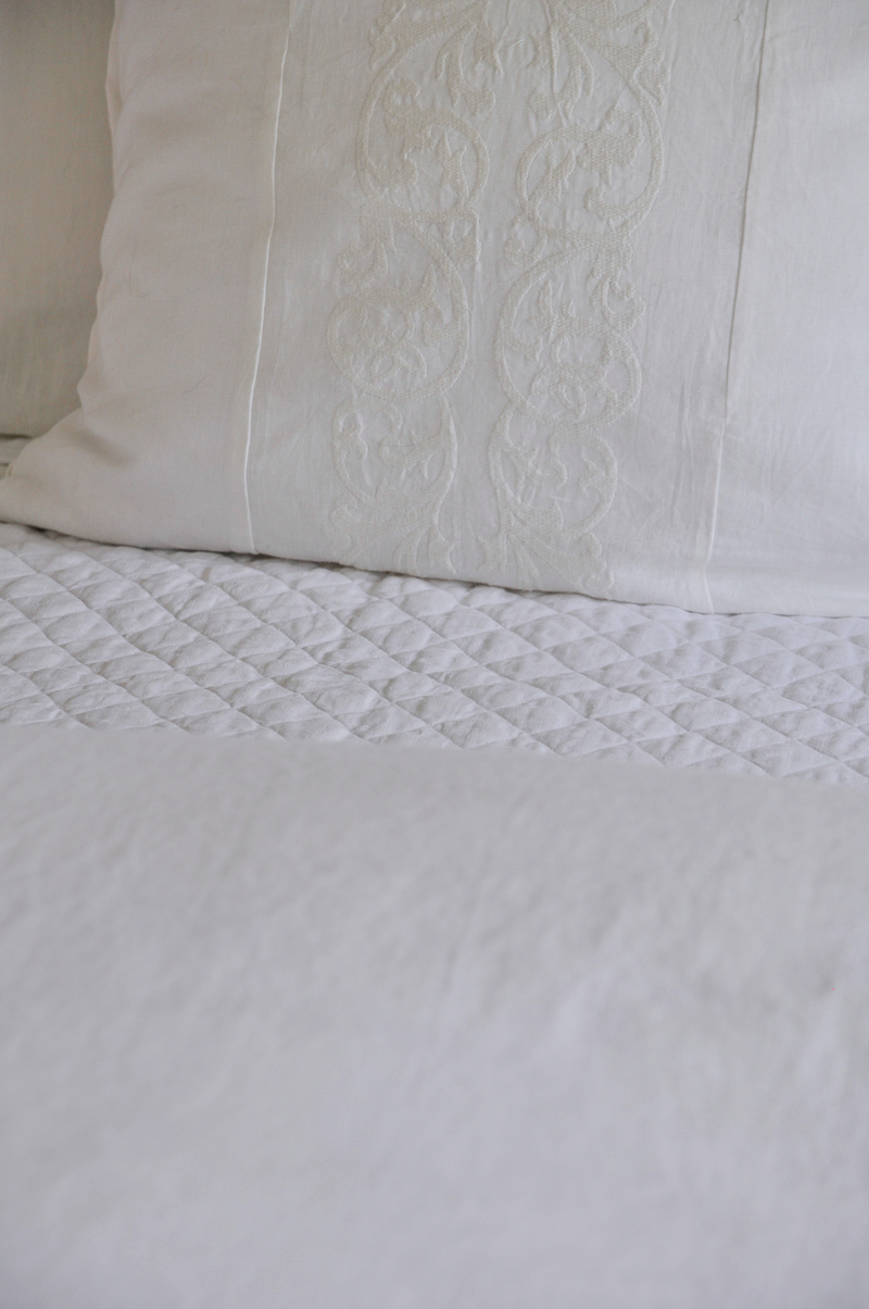 white bedding details