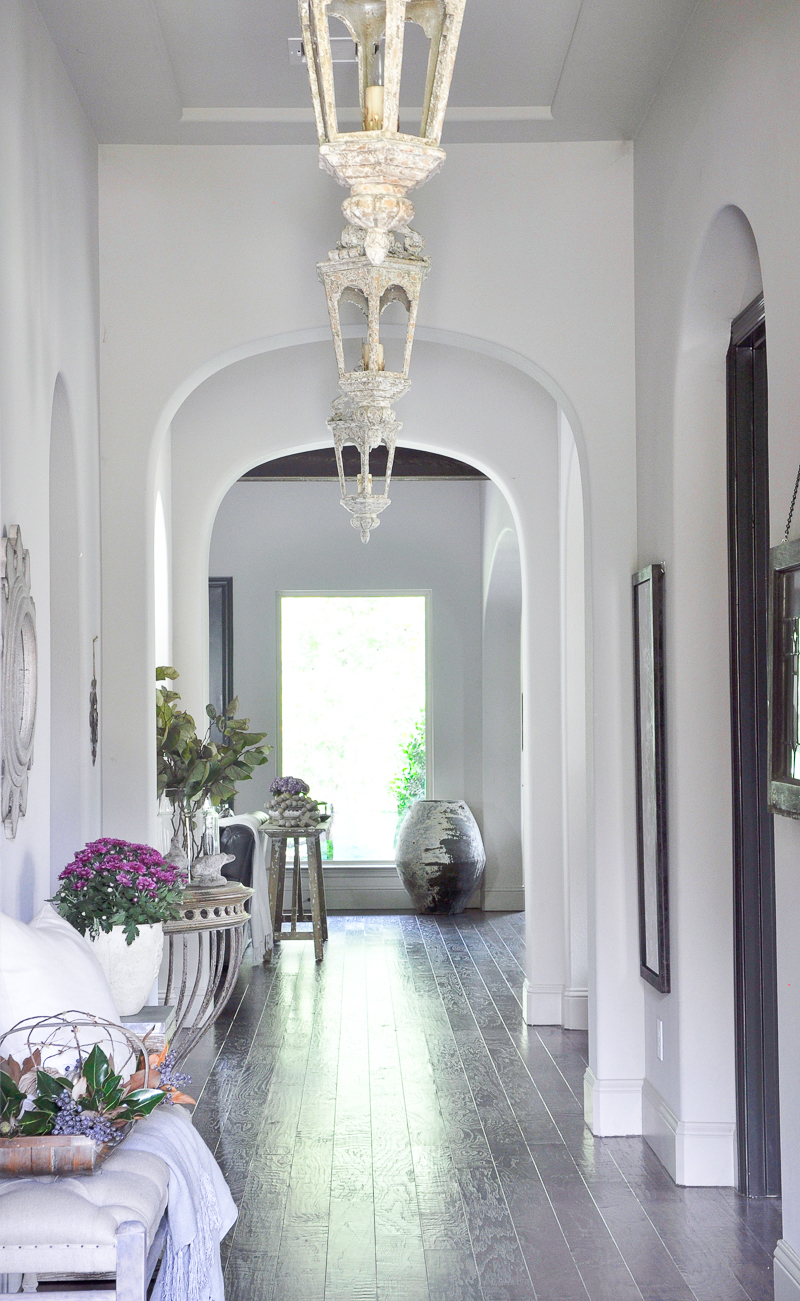 arched-entry-hall-with-pendants-decorated-for-fall-home-tour