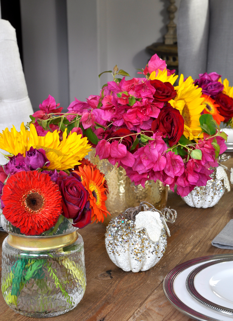 beautiful-bougainvillea-and-sunflowers-tablescape