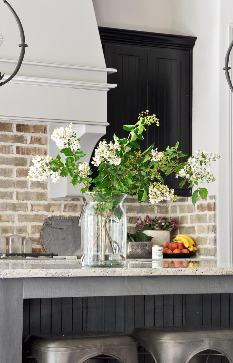 beautiful-kitchen-with-brick-backsplash-counter-styling-fall-tour