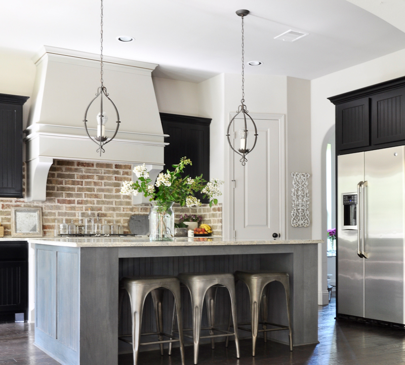beautiful-kitchen-with-brick-backsplash-decorated-for-fall