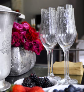 elegant-champagne-glasses-from-anthropologie