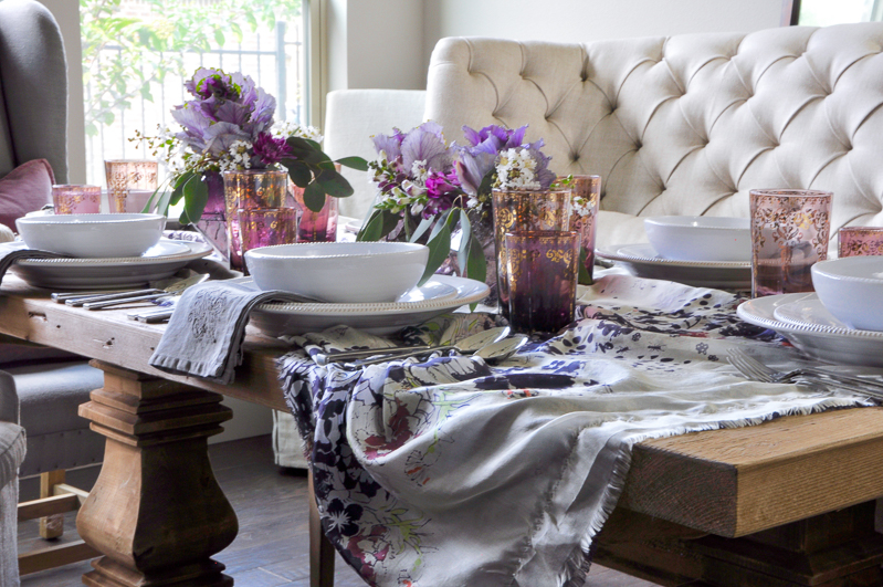 fall-tablescape-with-purple-and-gray-in-gorgeous-dining-room_