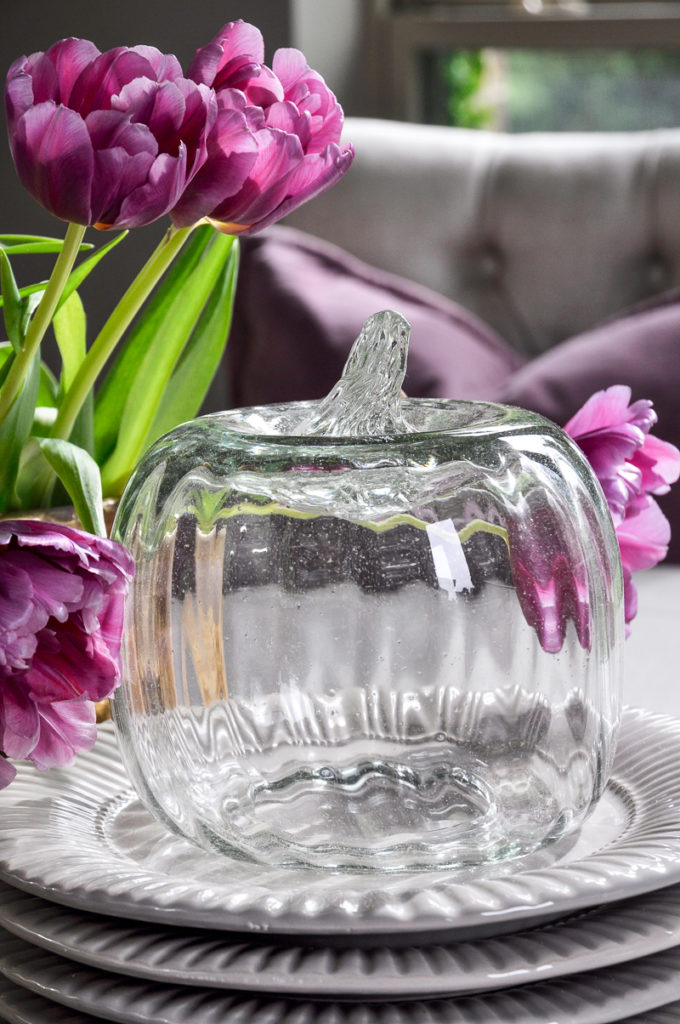 fall-vignette-pottery-barn-glass-pumpkin-and-purple-accents_