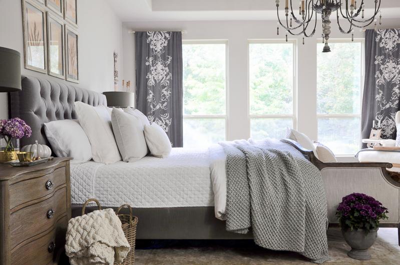 Bedroom decor ideas gold accent bedroom decor gold for Master bedroom decor ideas 2016