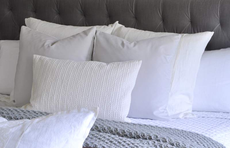 gorgeous-textured-bedding-gray-and-white