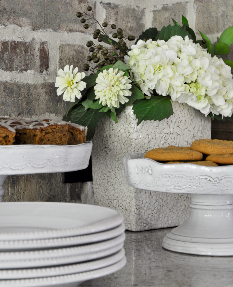 how-to-decorate-a-cake-stand-for-fall