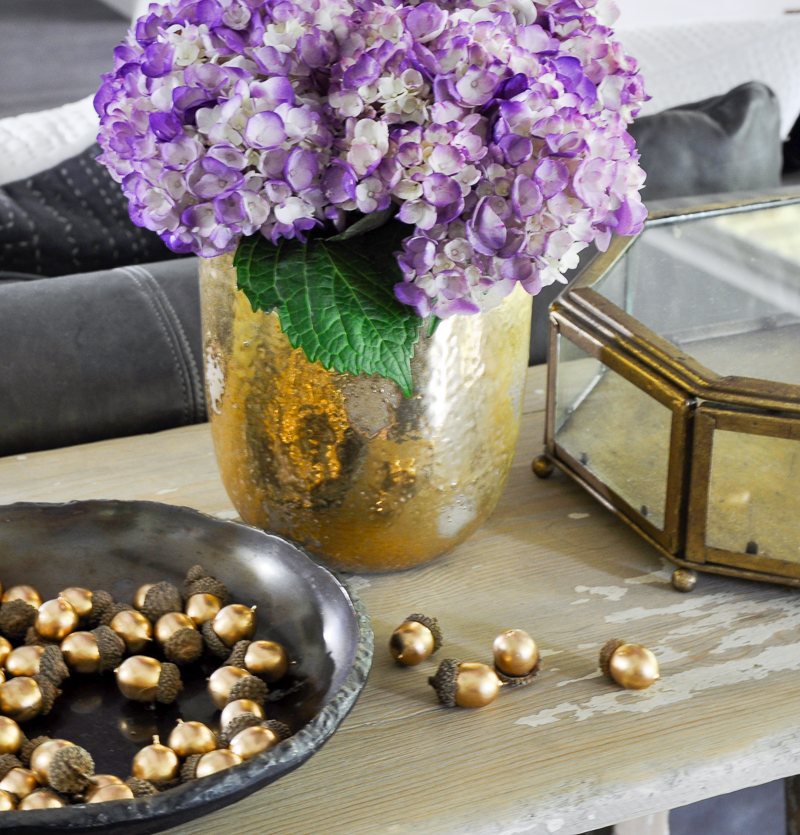 how-to-decorate-sofa-table-for-fall-pottery-barn-acorns-2