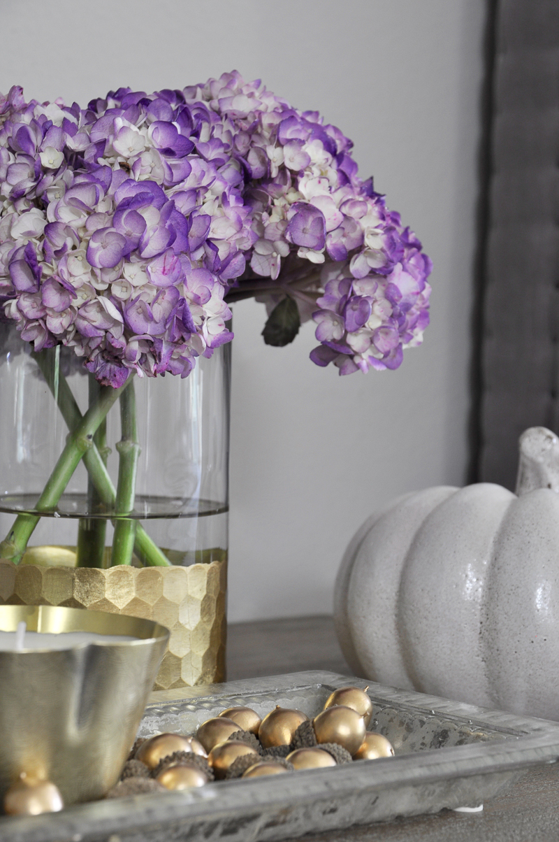 metallic-gold-and-purple-accents-great-for-fall-decorating_