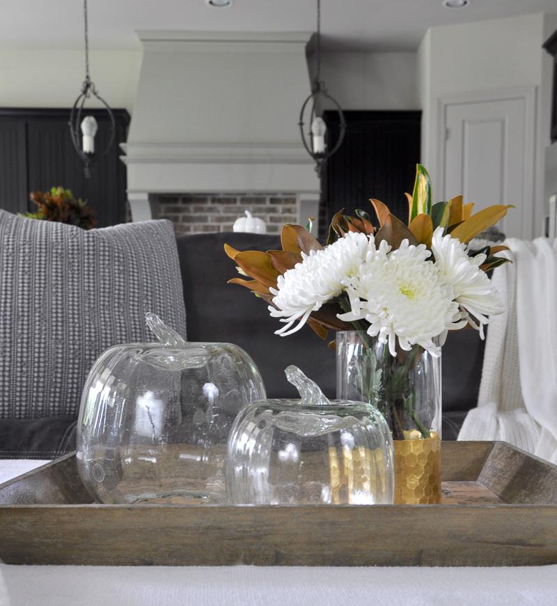 pottery-barn-pumpkins-in-coffee-table-vignette