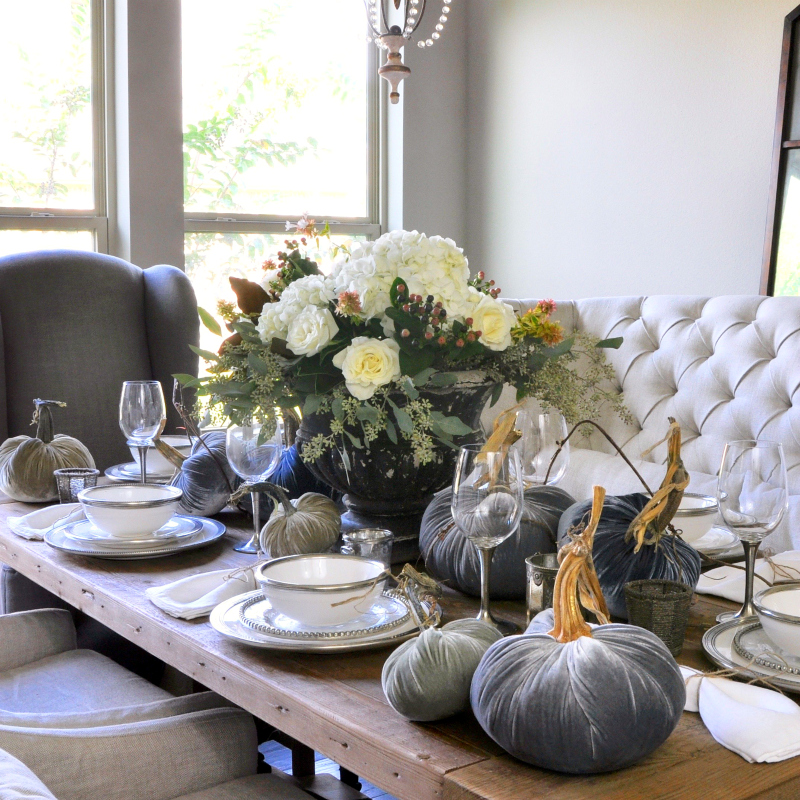 An Elegant Holiday Table – Holiday Entertaining Blog Tour