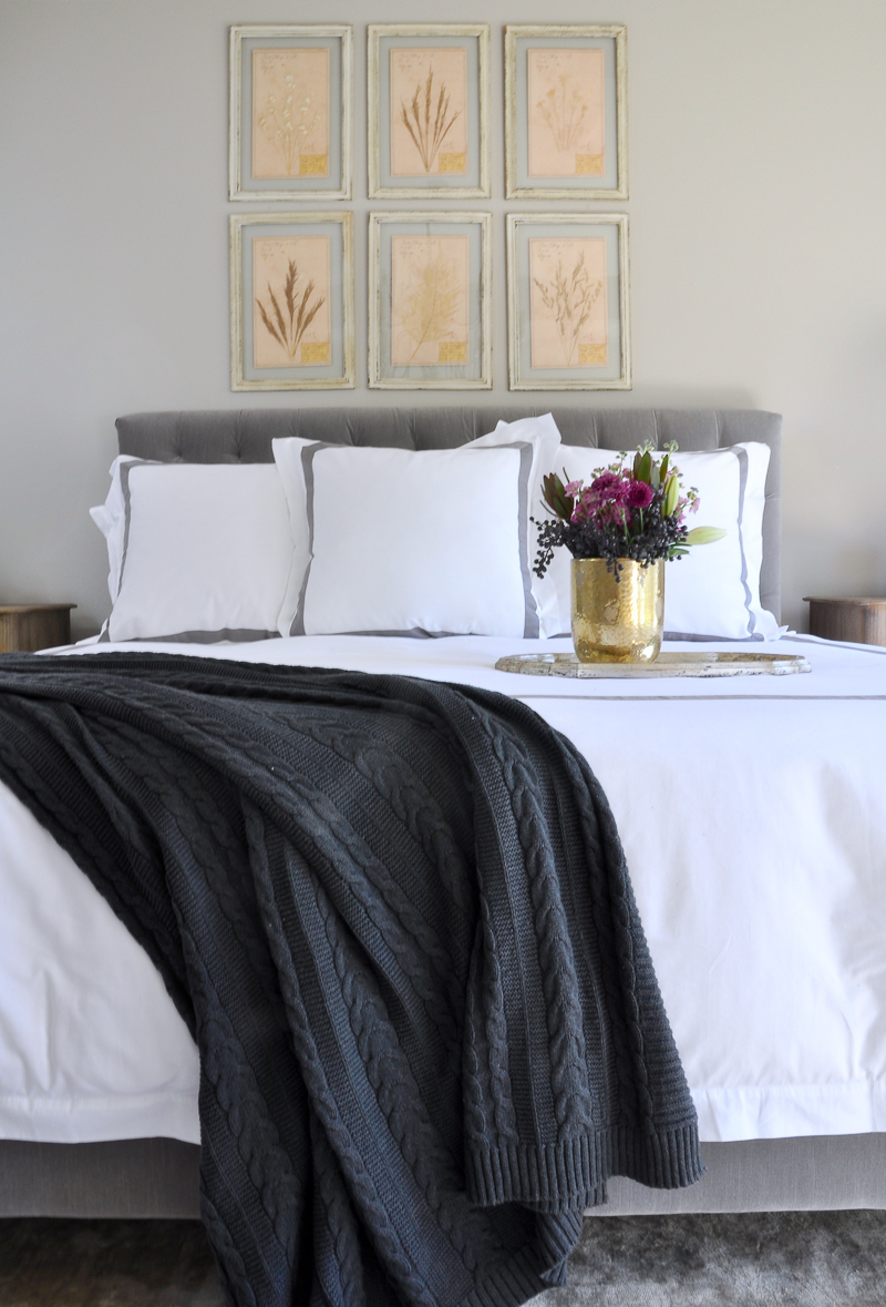 elegant-bedroom-gray-and-white-hotel-bedding