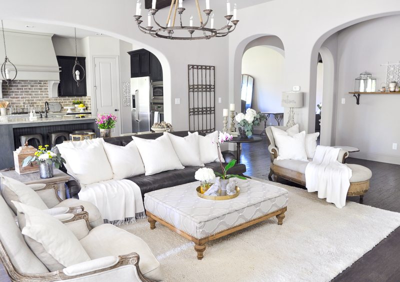 family-room-with-upholstered-ottoman-so-cozy