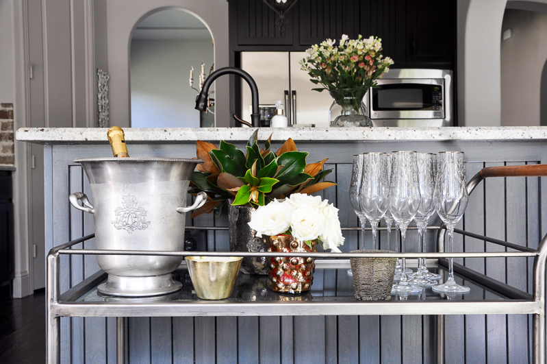 how-to-style-a-bar-cart-beautiful-for-holidays