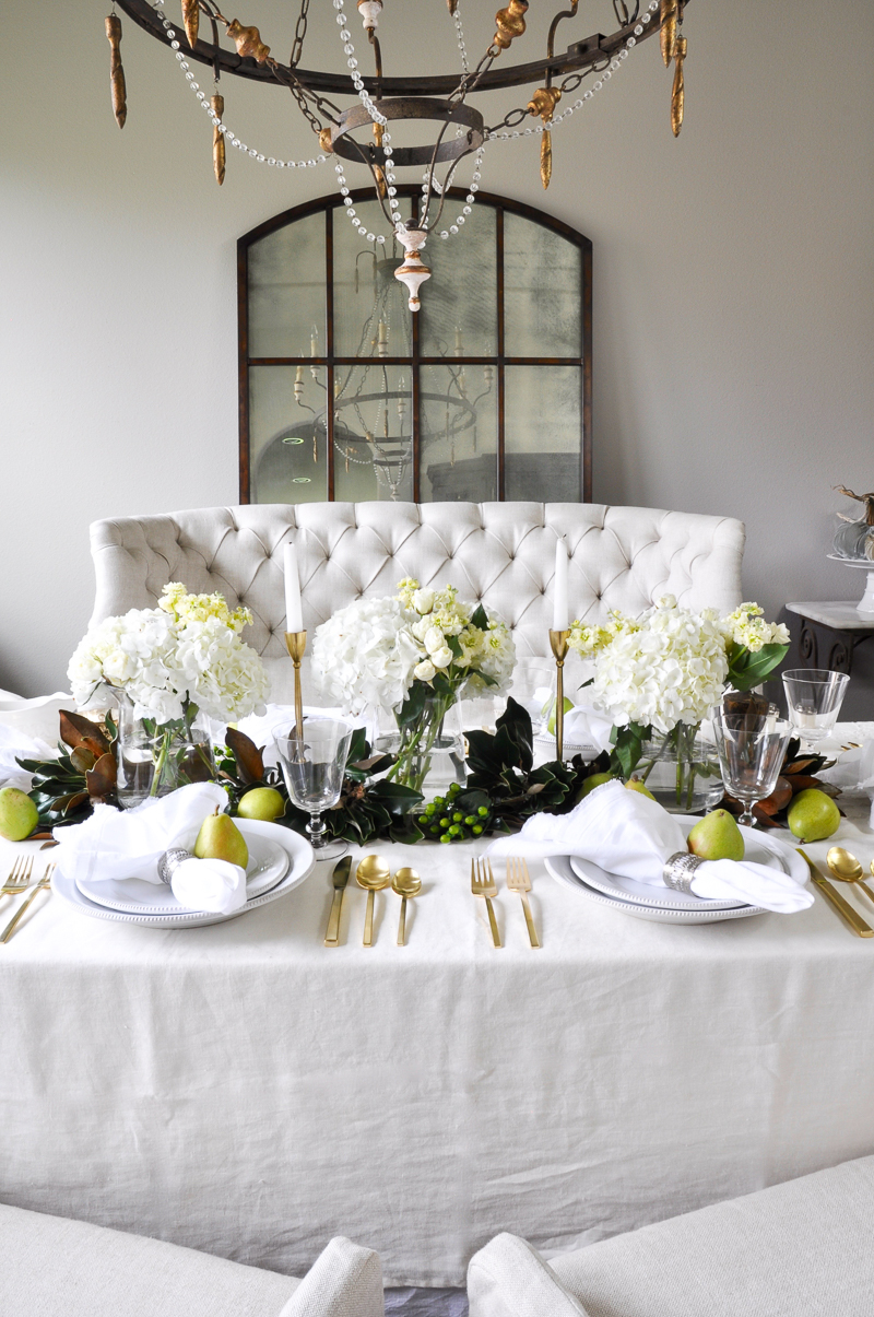 Beautiful Holiday Table With Gold