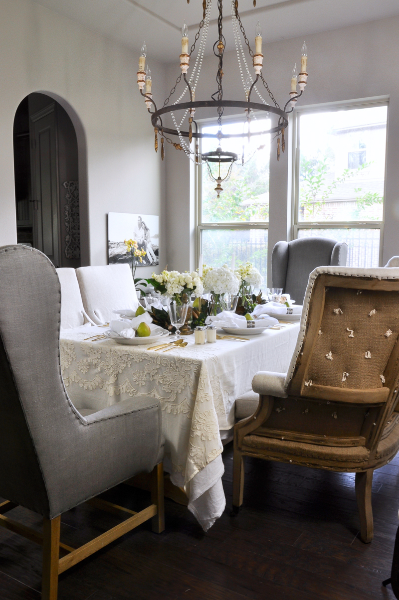 Beautiful white dining room decor gold designs for Dining room ideas gold