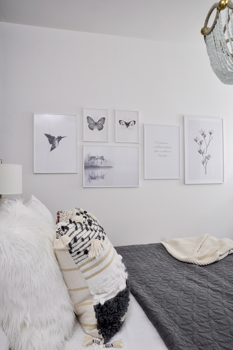 gallery-wall-white-and-black-prints