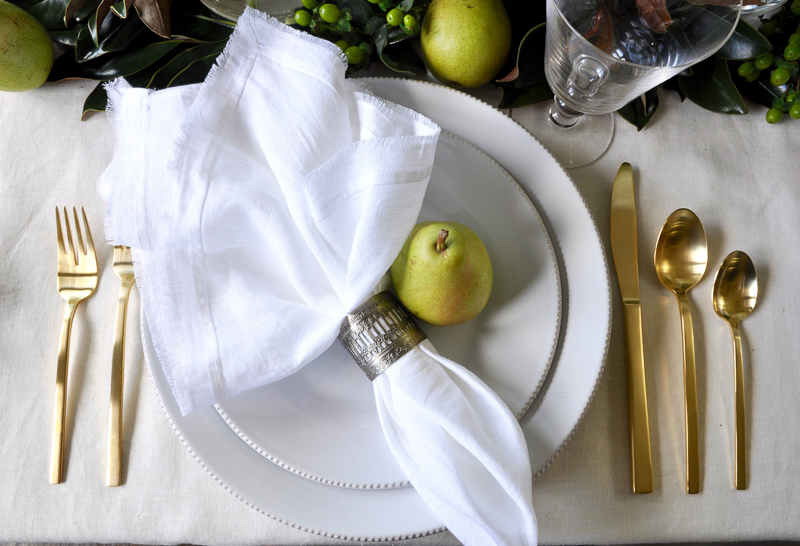 holiday-place-setting-so-pretty_
