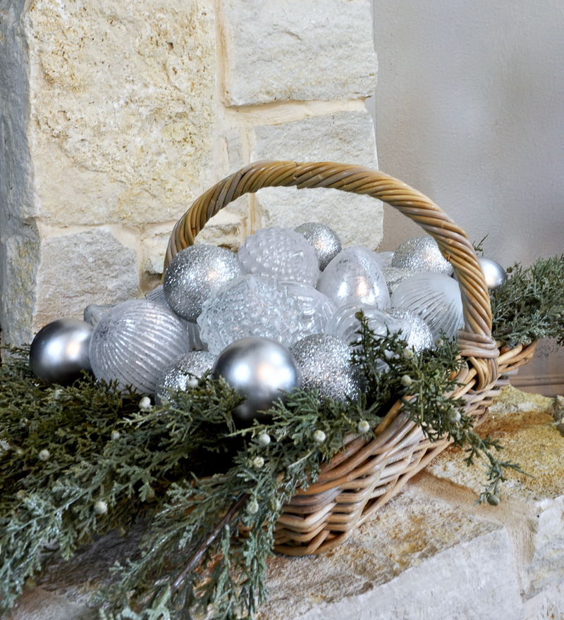 basket-with-christmas-ornaments_