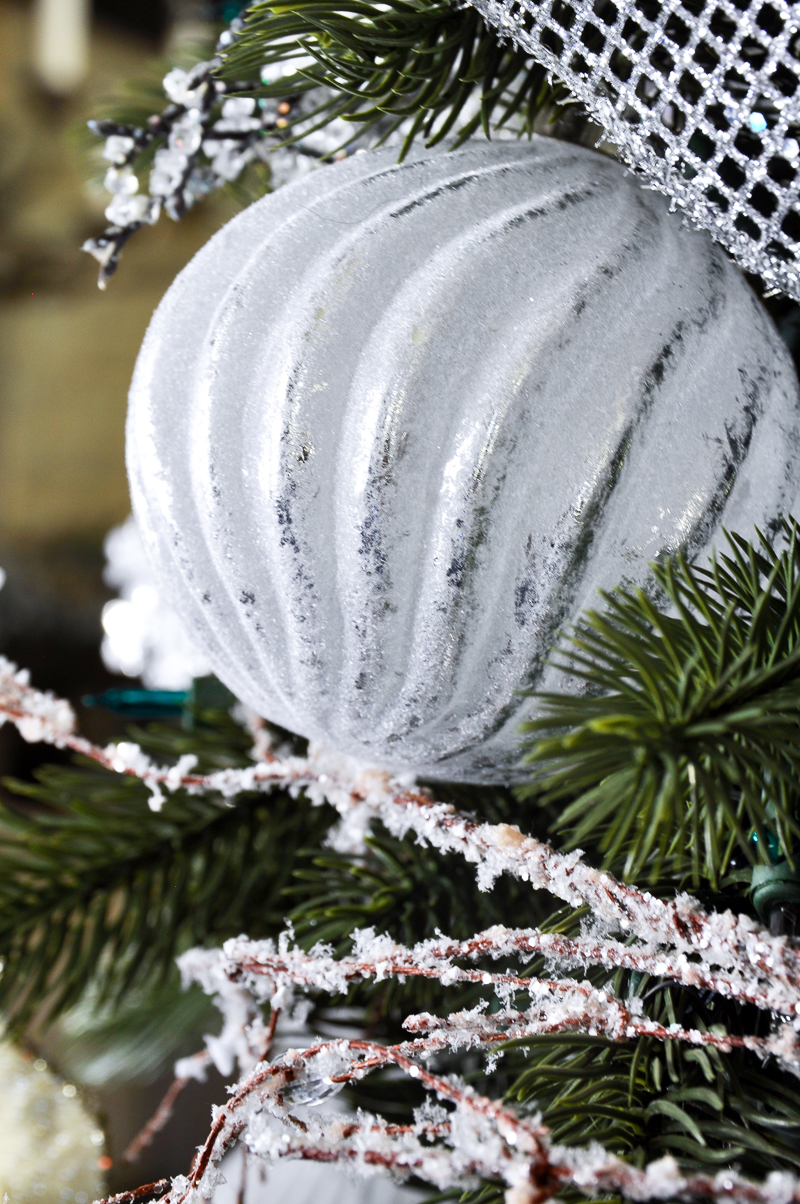beautiful-white-glass-ornament