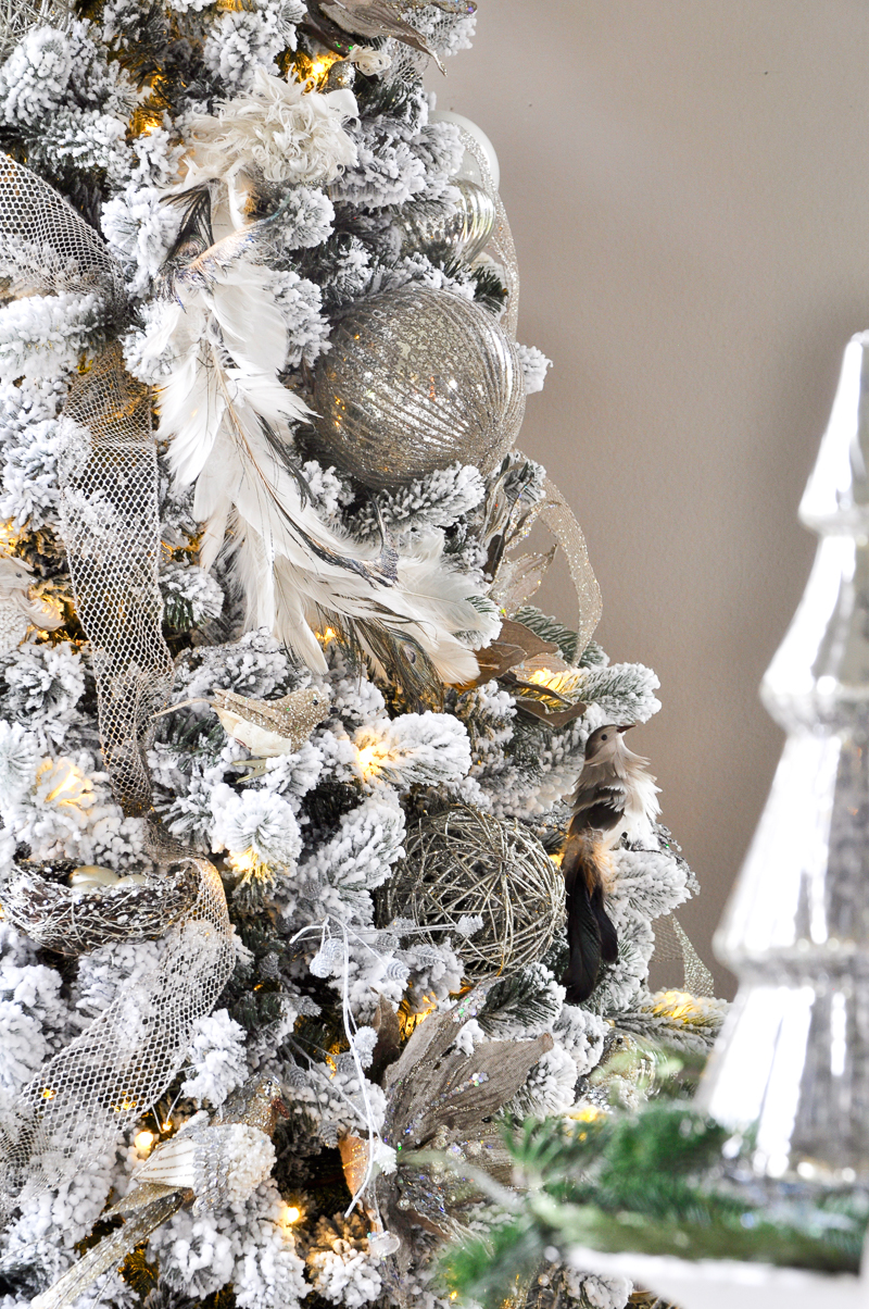 Images Of White Christmas Trees Decorated