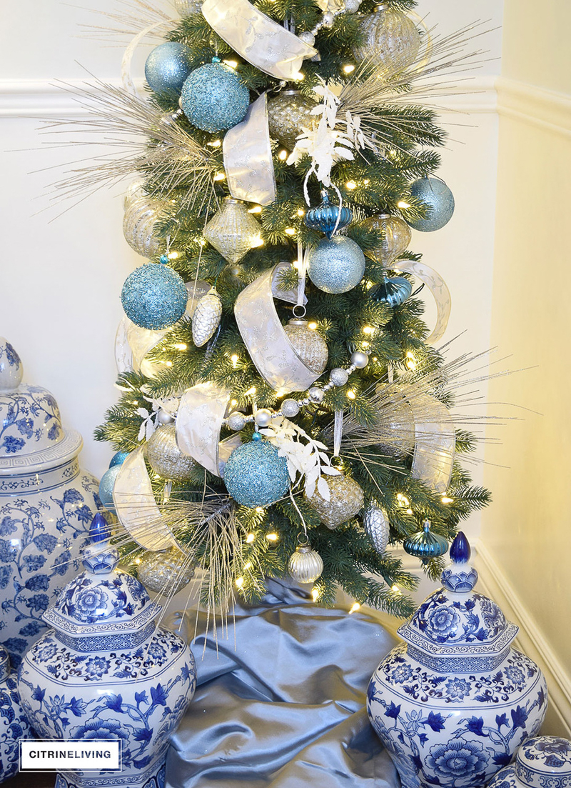 Parade of christmas trees 2016 decor gold designs for Blue gold and white christmas tree