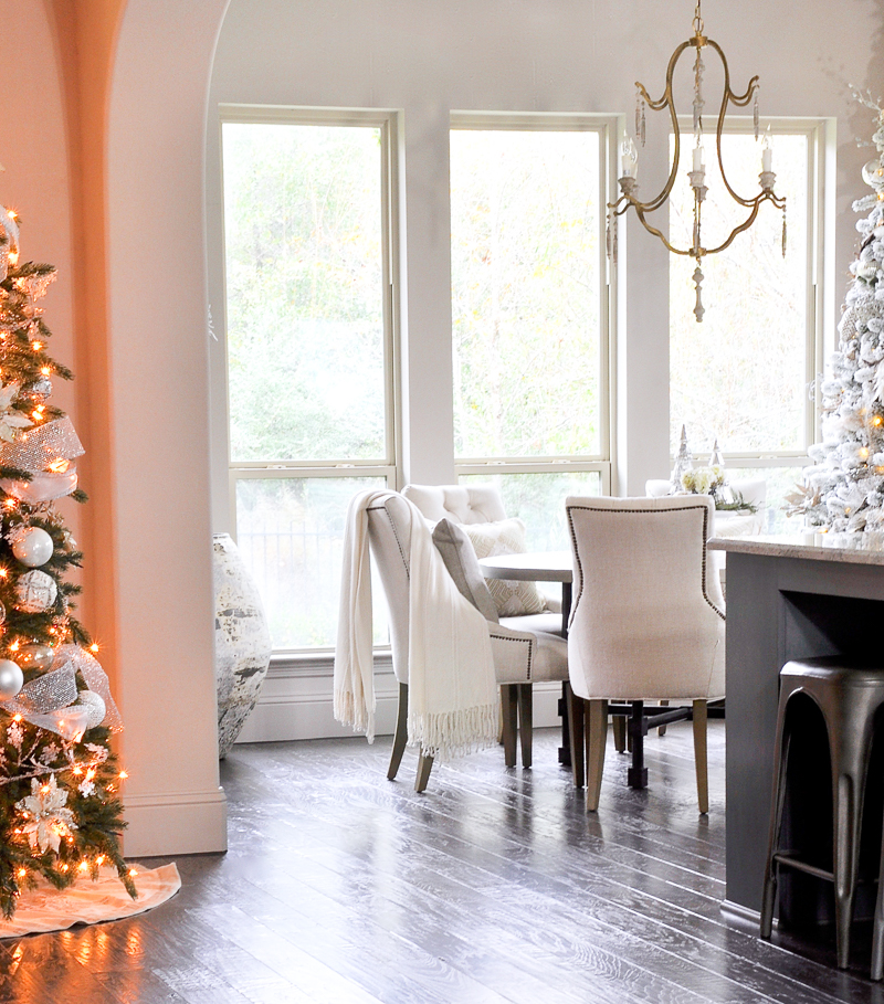 bright-white-christmas-decor_