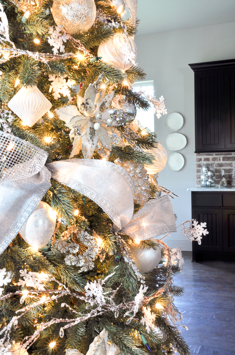 christmas-tree-details_-4