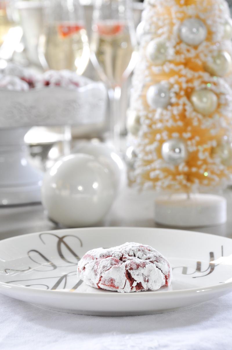 delicious-red-velvet-cookies_