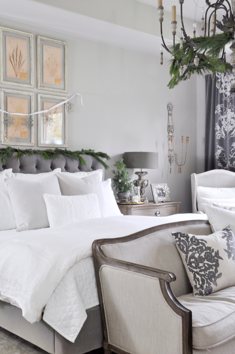 Deck the Halls Christmas Home Tour - Bedroom - Decor Gold Designs
