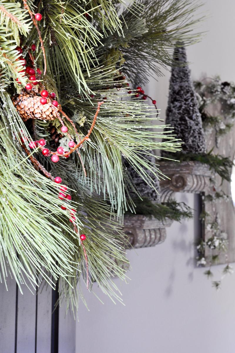 front-door-christmas-wreath_