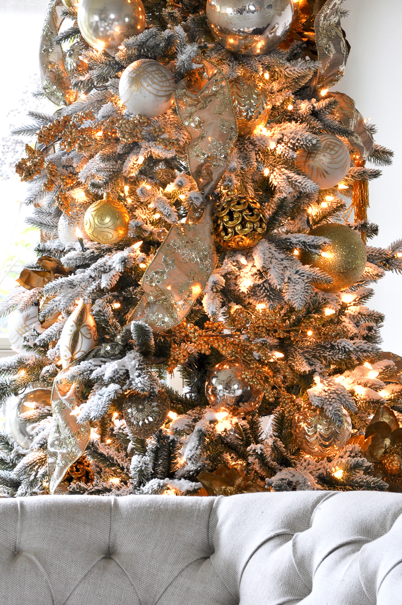 gold-and-white-flocked-christmas-tree