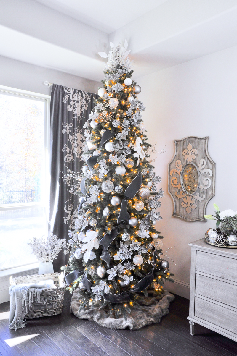 gorgeous gray and white christmas tree - Fully Decorated Christmas Tree