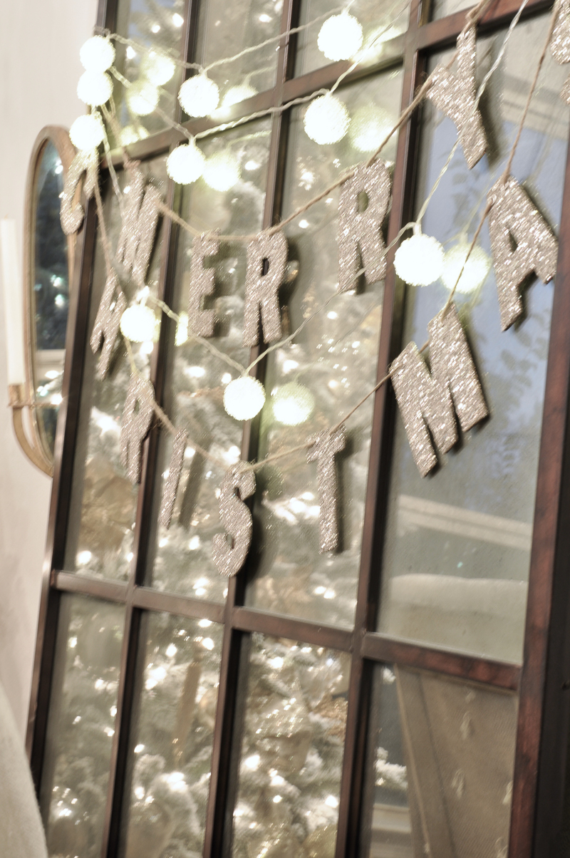 pretty-anthropologie-christmas-lights-on-mirror