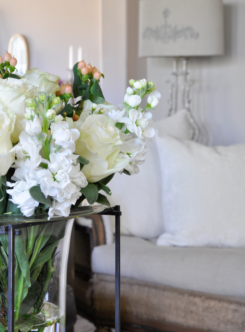How To Add Accessories To Your Home Decor Gold Designs