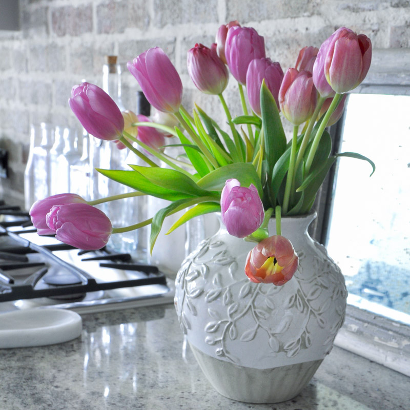 Fresh Look for Spring in the Kitchen