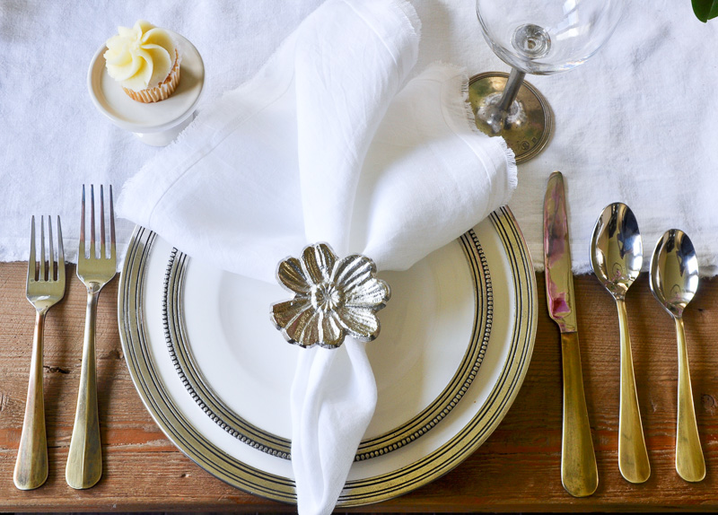 beautiful silver and white spring place setting