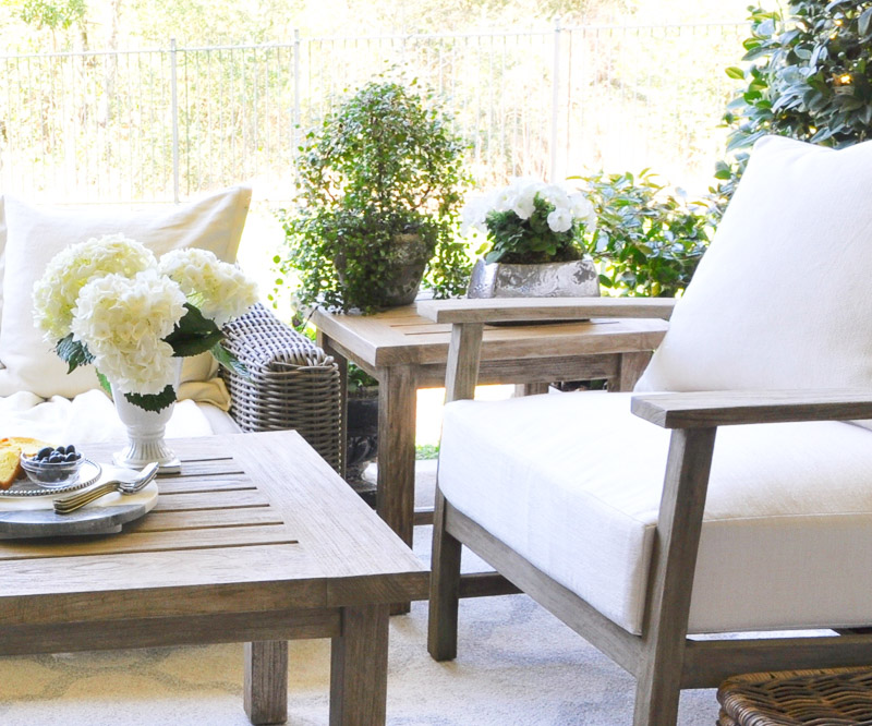 7 Tips To Help You Bring Spring Decor Into Your Home - Decor Gold